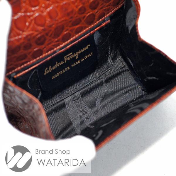 川崎の質屋【渡田質店】サルヴァトーレ フェラガモ 2WAY ヴァラチェーンショルダーバッグ 型押しレザー ブラウン のご紹介です。