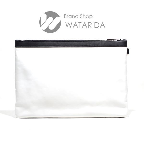 川崎の質屋 渡田質店 ジミーチュウ クラッチ バッグ DEREK スタースタッズ ホワイト サテンレザー メンズ 保存袋・タグ付 送料無料  のご紹介です。