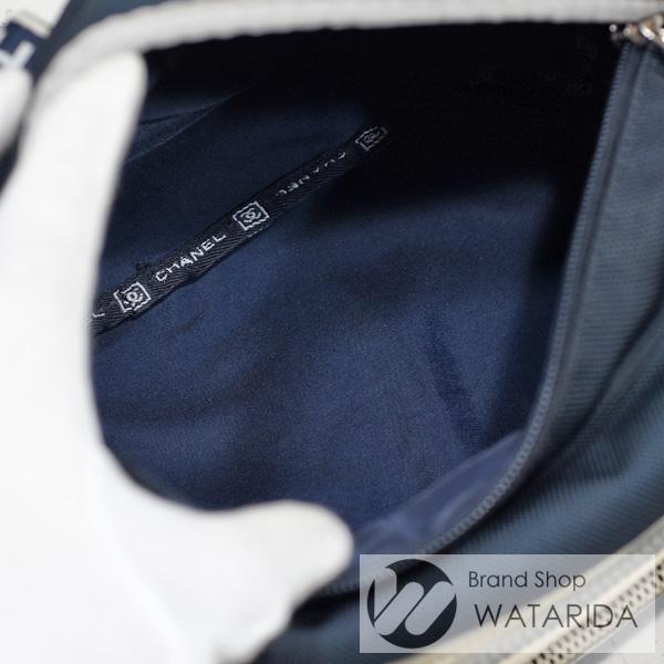 川崎の質屋 渡田質店 シャネル CHANEL ウエスト バッグ スポーツ ライン A27892 アイボリー ネイビー シール付 送料無料 のご紹介です。
